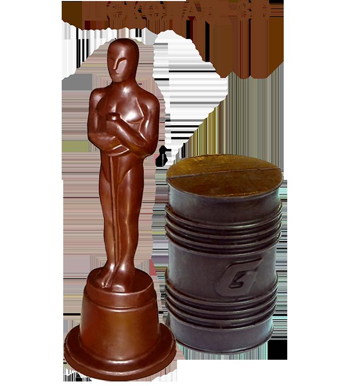 шоколадная фигура с логотипом